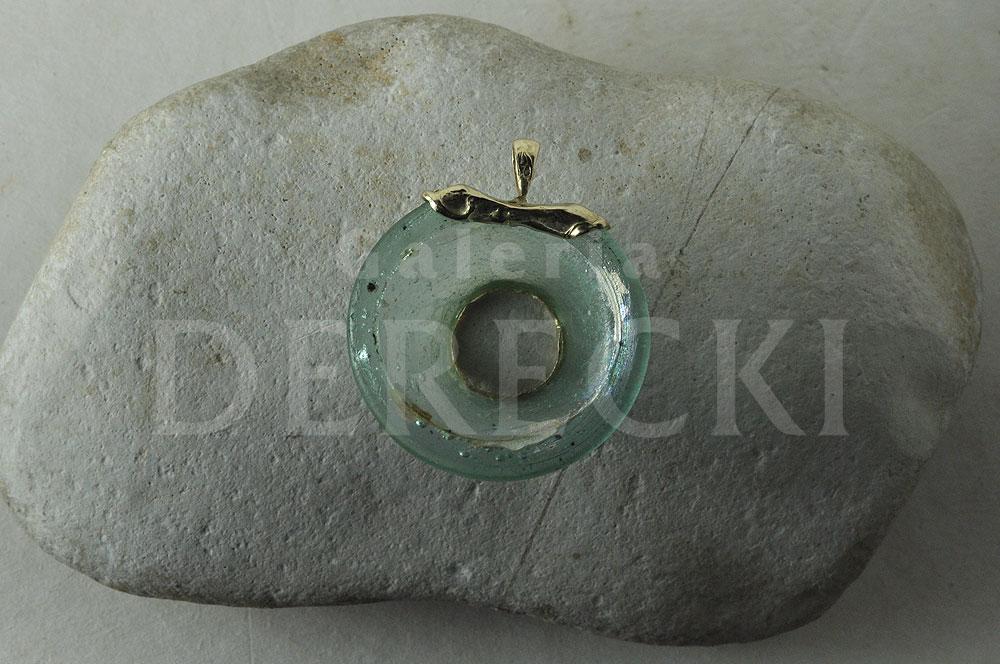 Szklany medalion rzymski