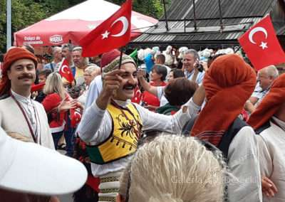 Turecka reprezentacja, bliska mi przez wzgląd na wyprawy w stronę kolebki stali damasceńskiej.