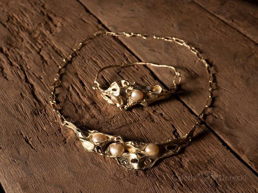 Złota bransoleta i naszyjnik